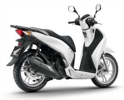 Honda SH150i nhập ý đời chót 2009 màu trắng Sport