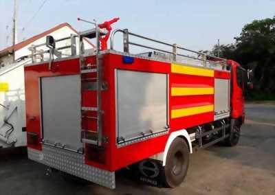 Xe chữa cháy HiNo bồn nước 4000 lít, sẵn tại bãi