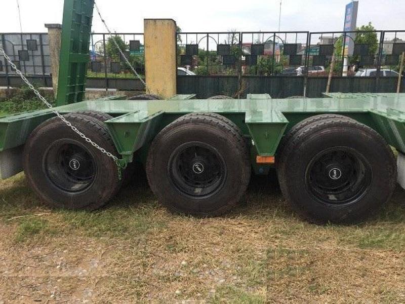 Bán Mooc lùn CIMC 3 trục - tải 48 tấn chở máy chuyên dùng