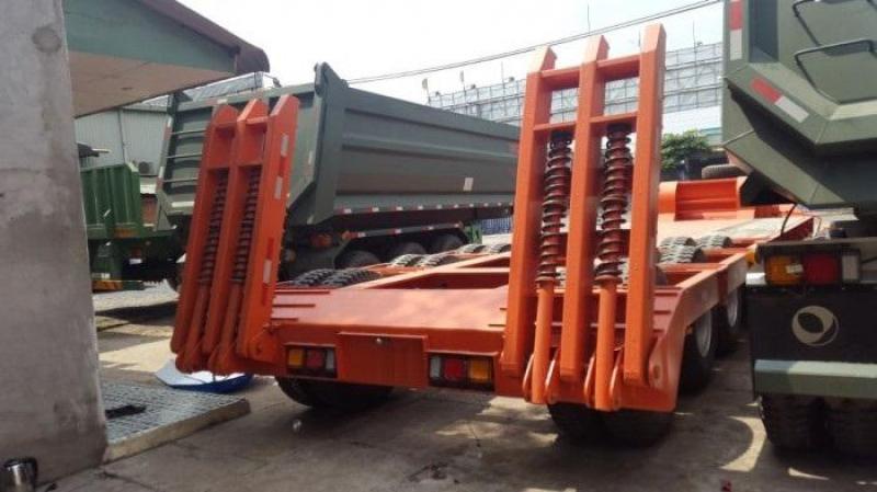 Bán Mooc lùn sàn 8m Doosung chở xe/máy công trình