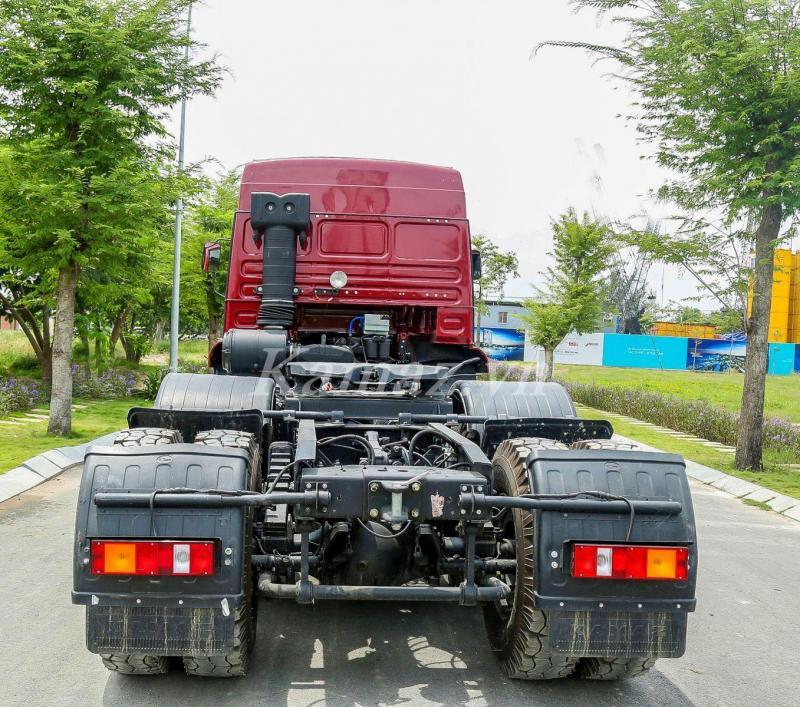 Đầu kéo Kamaz tải 43.2 tấn