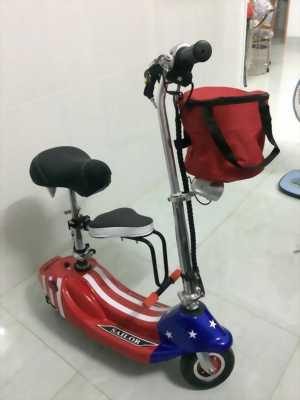 Xe điện mini 2 bánh,có còi,đèn,đèn xinhan,đèn đui xe....