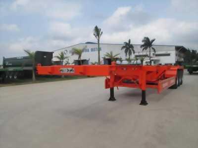 Doosung Xương 45 feet-31 tấn chuyên chở vừa cập bến
