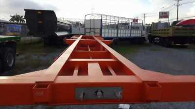 Rơ Mooc Xương DOOSUNG 27 Tấn Chở Container nhập khẩu