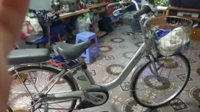 Bán xe đạp trợ điện