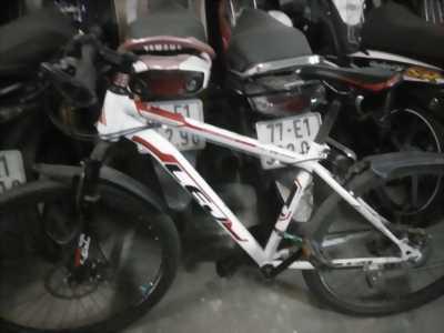 Cần bán xe đạp