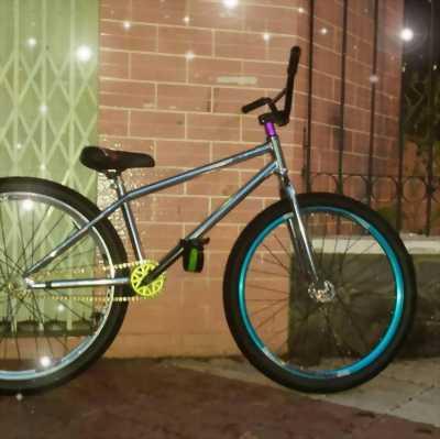 Cần bán gấp chiếc xe đạp fixed gear giá là 6tr