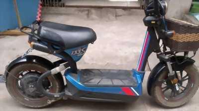 Cần bán xe đạp điện