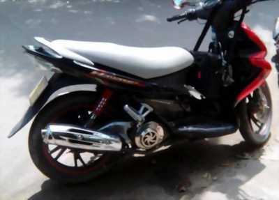 Cần bán xe Suzuki Hayate màu đen đời 2012