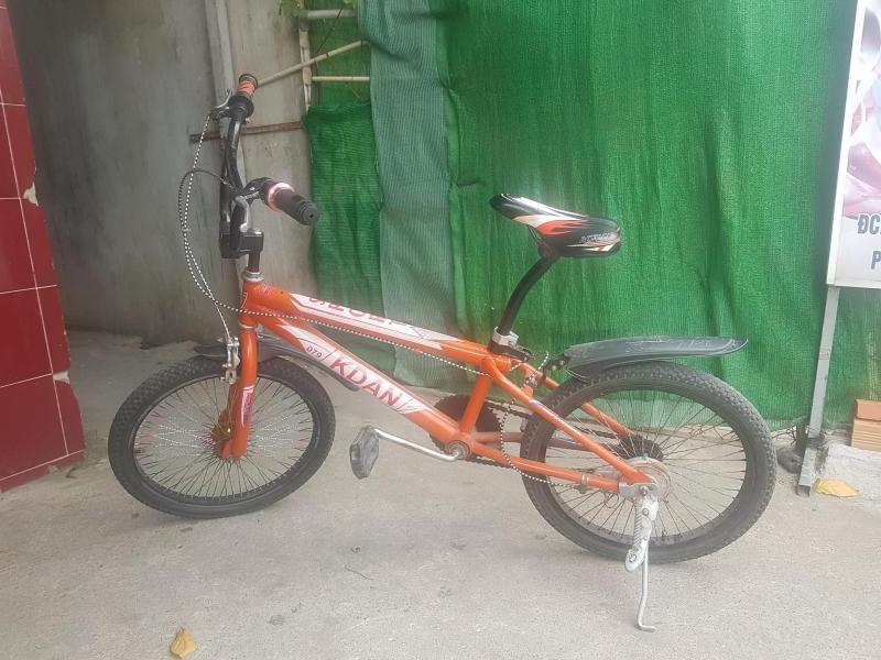 Bán xe đạp Xgame màu cam. Xe chuẩn 400K
