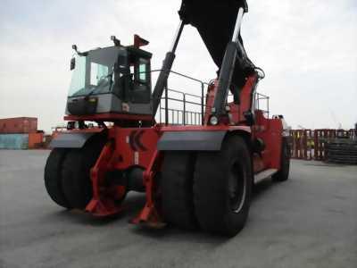 Chuyên bán Reachstacker KALMAR nâng container 45 tấn