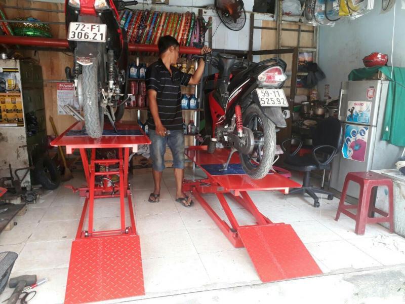 Thiết bị để mở một tiệm sửa chữa xe máy chuyên nghiệp