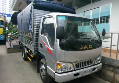 Xe tải 2.4T thùng đóng inox, vào được thành phố