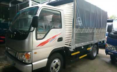 Xe tải JAC 2T5 thùng bạt, hạ tải chạy thành phố