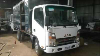 Xe jac máy Isuzu tải trọng 3,72m