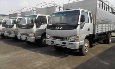 Xe tải Jac 2,4t thùng mui 2017