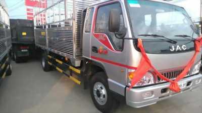 Xe tải Jac 9 tấn thùng mui bạt dài 6m8.