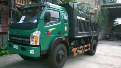Xe tải ben tự đổ tmt máy hyundai 2 tấn 4 vào thành phố