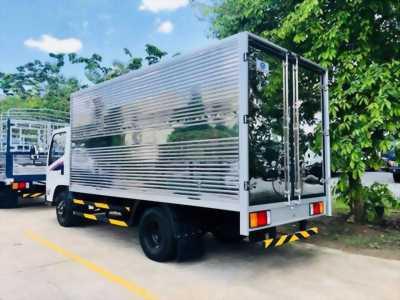 Đô Thành IZ65 2.5 tấn thùng kín