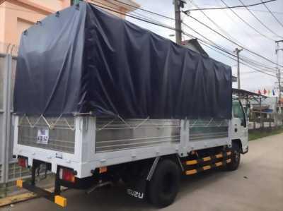 Xe tai Isuzu 2 tấn 2 vào thành phố