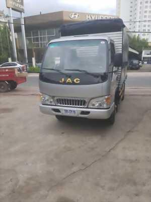 Thanh lý xe tải Jac 2t4 ga cơ Euro 2, hỗ trợ trả góp 90%