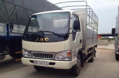 Xe tải JAC tải trọng 2,4 tấn máy izuzu.