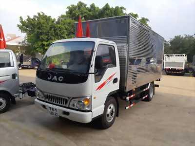 Đại lý bán xe tải JAC 2T4, thùng dài 4m3, máy ISUZU