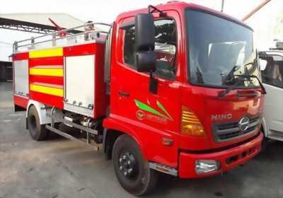 Xe cứu hỏa HiNo thể tích 4 khối, giao tận nhà.