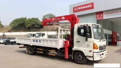 Hino fc tải trọng 5 tấn gắn cần cẩu 3 tấn