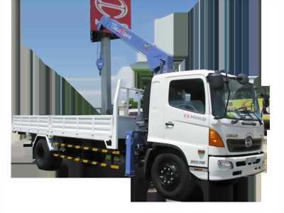 Xe tải thùng dài hino FC tải 5 tấn có cần cẩu unic