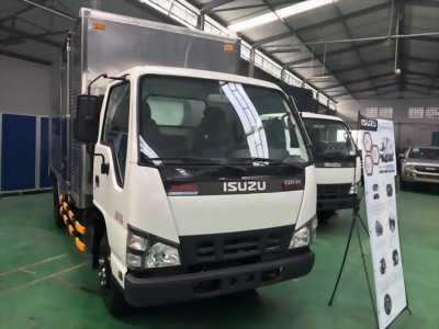 Bán xe tải Suzuki euro 4 đời 2017 màu trắng xe đẹp