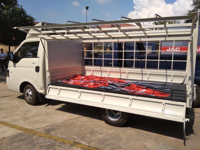 Xe tải jac 990kg mới thùng dài 3m2 giá cạnh tranh