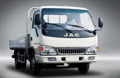 Xe tải jac 2T4 mới đời 2017, xe đạt tiêu chuẩn khí thải.
