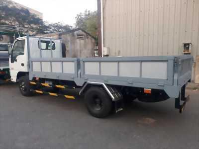 Xe tải isuzu thùng lửng , thùng dài 4m3 cam kết giao xe đúng hẹn.