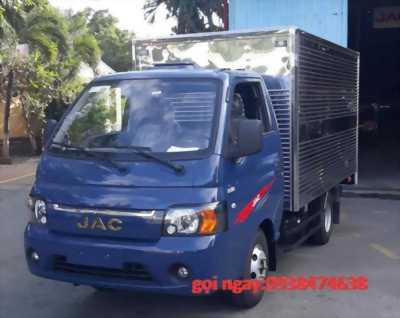 xe jac thùng kín máy dầu 990kg