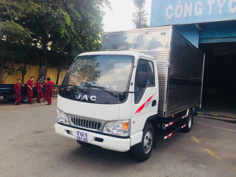 Xe Tải Jac 2,4 tấn_ máy isuzu_phiên bản 2019