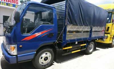 Xe tải JAC 2T5 thùng bạt inox 2017