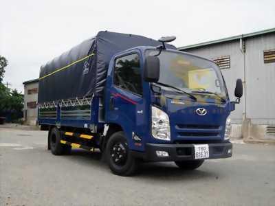 Bán xe tải hyundai 2 tấn 2 do thanh IZ65 thùng mui bạt.