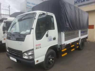 Xe tải Isuzu 2,2 tấn thùng mui bạt vào thành phố
