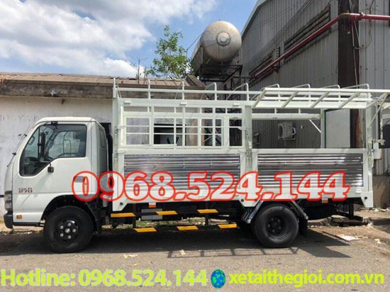 Xe tải isuzu 1T9 thùng kín   isuzu qkr270 1 tấn 9   60 triệu nhận xe ngay.