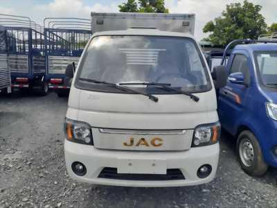 Xe tải JAC 1T5 đời 2019, máy isuzu, thùng dài 3m2, giá tốt