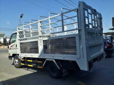 Bán xe tải HUYNDAI 2T4, thùng dài 4m3, xe chính hãng giá cực tốt.