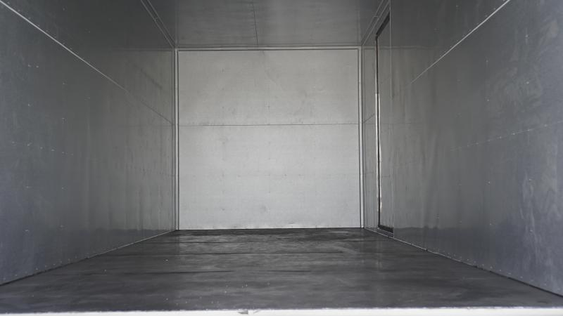 Xe tải isuzu NQR 5T thùng dài 6m1, giá cạnh tranh cuối năm