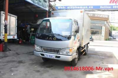 Xe tải JAC 2T4 máy ISUZU chính hãng, THUNG 4M3