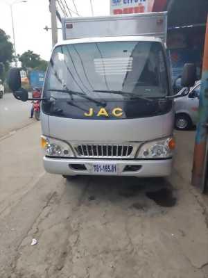 Bán gấp xe tải Jac 2t4 vào thành phố tại Bình Dương