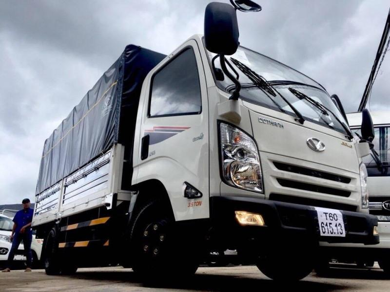 Xe tai/ xe tải/ Hyundai/ xe tải Hyundai cabin vuông thùng dài 4m4