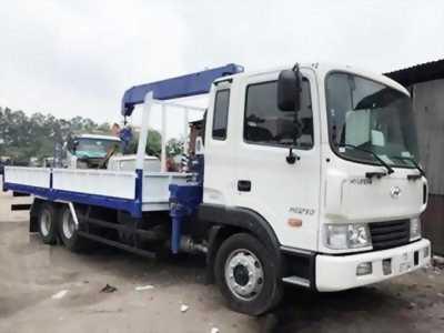 Xe tải Hyundai HD210 gắn cẩu ba tấn, xe mới 100%