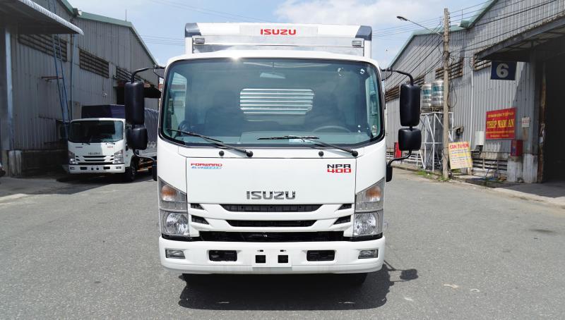 Xe Tải Isuzu 3T5 3,5T 3,5 tấn Euro4, trả góp 6 năm.