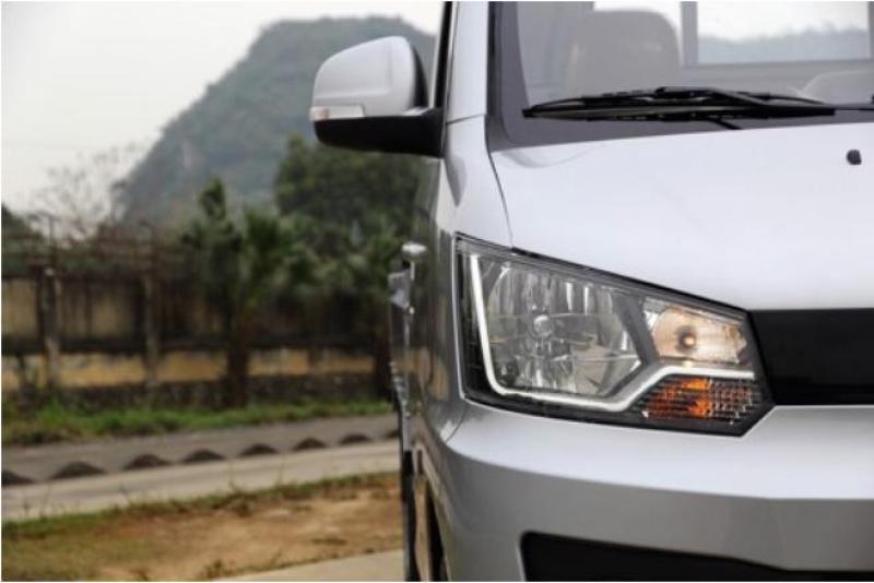 Xe tải Veam Star 820Kg thùng mui bạt 2018 giá cực sốc
