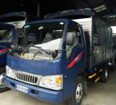 Bán xe tải Jac 2t4 giá 150tr giao xe ngay, TPHCM
